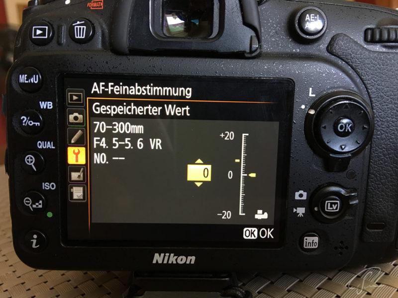 Ansicht des Displays einer Nikon D7100 DSLR während der AF Feinabstimmung mit der DOT Tune Methode